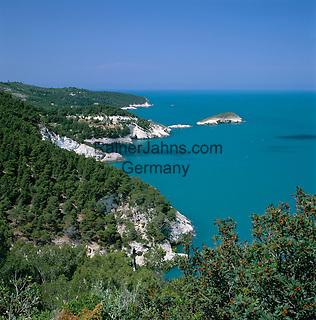 Italy, Puglia, Gargano: coastline near Vieste |  Italien, Apulien, Gargano: Kueste bei Vieste