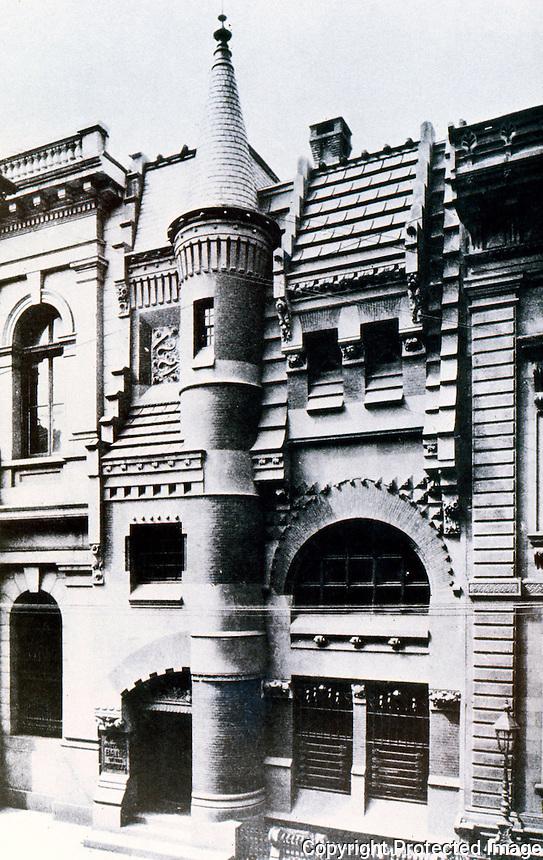 Frank Furness: National Bank of the Republic, 1883.  313 Chestnut St., Philadelphia.  Demolished. Ref. only.