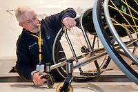 16-12-10, Tennis, Rotterdam, Reaal Tennis Masters 2010,   Onderhoud van de rolstoelen