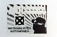 Plakat der autonomen Nationalisten in Corte, Korsika, Frankreich