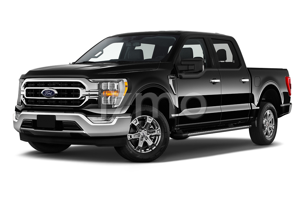 Stock pictures of low aggressive front three quarter view of 2021 Ford F-150 XLT 4 Door Pick-up Low Aggressive