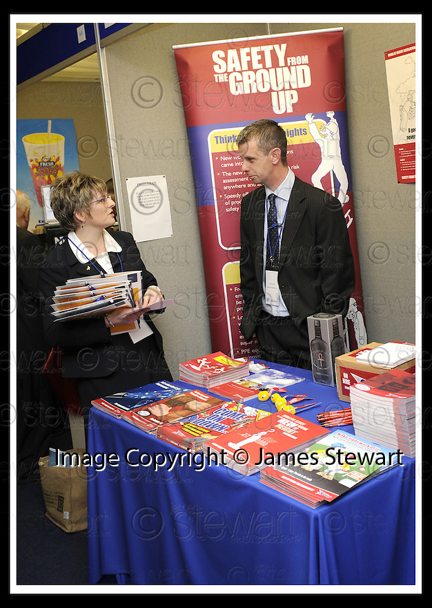 30/04/2008   Copyright Pic: James Stewart.File Name : 22_business_fair.FALKIRK BUSINESS FAIR 2008.SPEEDY HIRE.James Stewart Photo Agency 19 Carronlea Drive, Falkirk. FK2 8DN      Vat Reg No. 607 6932 25.Studio      : +44 (0)1324 611191 .Mobile      : +44 (0)7721 416997.E-mail  :  jim@jspa.co.uk.If you require further information then contact Jim Stewart on any of the numbers above........