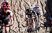 Belgian Champion Sanne Cant (BEL/IKO - Crelan) and World Champion Lucinda Brand (NED/Baloise - Trek Lions) in the infamous Zonhoven 'Pit'<br /> <br /> Elite Women's Race<br /> 2021 UCI cyclo-cross World Cup - Zonhoven (BEL)<br /> <br /> ©kramon