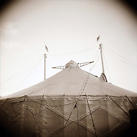 """lomographic series """"The facettes of an circus"""" - photo: Francis Rembarz"""