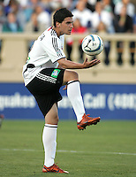 4 June 2005:  Santino Quaranta of DC United in action against Earthquakes at Spartan Stadium in San Jose, California.  Earthquakes tied DC United, 0-0.  Credit: Michael Pimentel / ISI