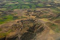 ETHIOPIA Lalibela, villages and fields in the Highlands where farmers plant the dwarf millet Teff / AETHIOPIEN Lalibela, Felder und Doerfer im Hochland wo die Zwerghirse Teff angebaut wird