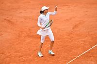 8th October 2020, Roland Garros, Paris, France; French Open tennis, Roland Garros 2020;  Swiatek - (Pol)