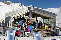Station Höfatsblick auf dem Nebelhorn bei Oberstdorf im Allgäu, Bayern, Deutschland<br /> Hillstation Höfatsblick,  Mt.Nebelhorn near Oberstdorf, Allgäu, Bavaria, Germany