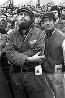 - Pirelli's workers on strike (Milan, 1974)....- operai Pirelli in sciopero (Milano, 1974)