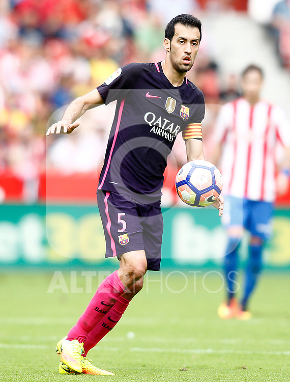 FC Barcelona's Sergio Busquets during La Liga match. September 24,2016. (ALTERPHOTOS/Acero)