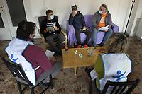 PROGETTO ARCA<br /> Il cohousing di Casa Arca di Roma.<br /> La riunione degli ospiti con gli operatori e la coordinatrice.