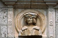 Europe/France/Midi-Pyrénées/46/Lot/Vallée du Céré/Env Saint-Céré: château de Montal - Façade Renaisance - Détail buste