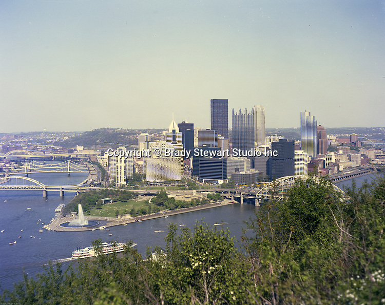 Pittsburgh PA:  Color Photograph of the City of Pittsburgh.  New buildings added to the skyline; PPG Place, One Oxford Centre, One Mellon Bank Building & Fifth Avenue Place