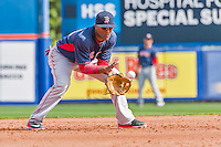 8 March 2015: Boston Red Sox infielder Wendell Rijo warms up prior to a Spring Training game against the New York Mets at Tradition Field in Port St. Lucie, Florida. The Mets fell to the Red Sox 6-3 in Grapefruit League play. Mandatory Credit: Ed Wolfstein Photo *** RAW (NEF) Image File Available ***