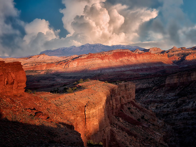 View from Goosenecks Overlook at sunset. Capitol Reef National Park, Utah