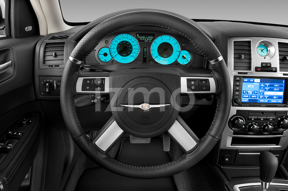 Steering wheel view of a 2009 Chrysler 300 CRD