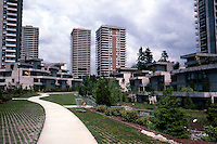 Vancouver: Carrigan Court, Burnaby. Mix of Low and High Rise. Low-rise stacked in manner of Safdie's Habitat...  Photo '86.