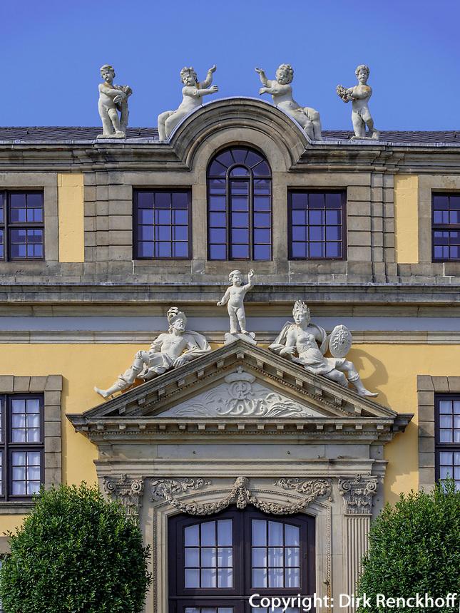 Orangerie in Großer Garten der barocken Herrenhäuser Gärten, Hannover, Niedersachsen, Deutschland, Europa<br /> Orangery  in Great Garden of baroque Herrenhausen Gardens, Hanover, Lower Saxony, Germany, Europe