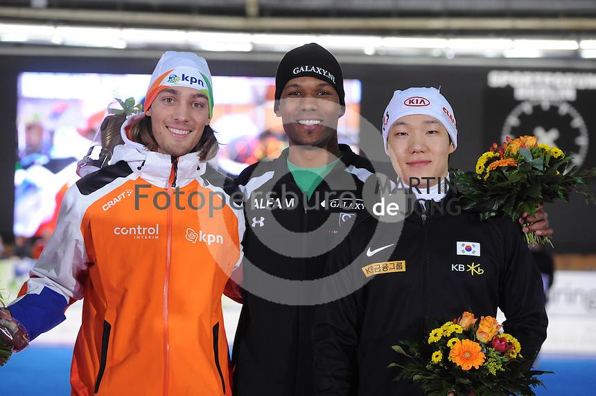 SCHAATSEN: BERLIJN: Sportforum, Essent ISU World Cup Speed Skating | The Final, 11-03-2012, Podium 1000m Men, Kjeld Nuis (NED), Shani Davis (USA), Tae-Bum Mo (KOR), ©foto Martin de Jong
