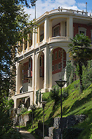 France, Aquitaine, Pyrénées-Atlantiques, Béarn, Pau:  Le Pavillon des Arts est un lieu d'exposition, ancien établissement de bains puis casino  //  France, Pyrenees Atlantiques, Bearn, Pau, Pavillon des Arts