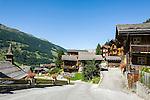 Switzerland, Canton Valais, Ayer VS at Val d'Anniviers: village centre with historic houses | Schweiz, Kanton Wallis, Ayer VS im Val d'Anniviers (Eifischtal): Ortskern mit historischen Haeusern