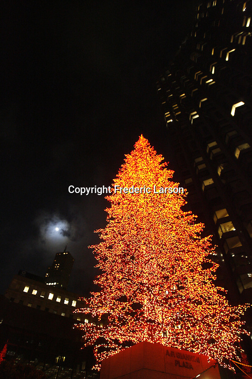 A red Christmas Tree decorated in the Bank of America Plaza in San Francisco.