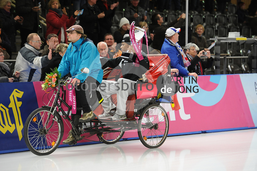 SCHAATSEN: BERLIJN: Sportforum, Essent ISU World Cup Speed Skating | The Final, 11-03-2012, Winner World Cup 1000m Men, Shani Davis (USA), ©foto Martin de Jong