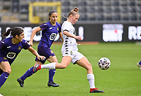 Stephanie Pirotte (20) of Sporting Charleroi pictured in action during a female soccer game between RSC Anderlecht Dames and Sporting Charleroi  on the second matchday of the 2021 - 2022 season of Belgian Womens Super League , saturday 28 th of August 2021  in Brussels , Belgium . PHOTO SPORTPIX   DAVID CATRY