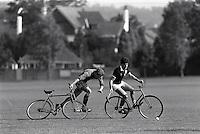 Pix:Michael Steele/SWpix...Bicycle Cross, Croyden, 1987...COPYRIGHT PICTURE>>SIMON WILKINSON..Bicycle Cross, Croyden.