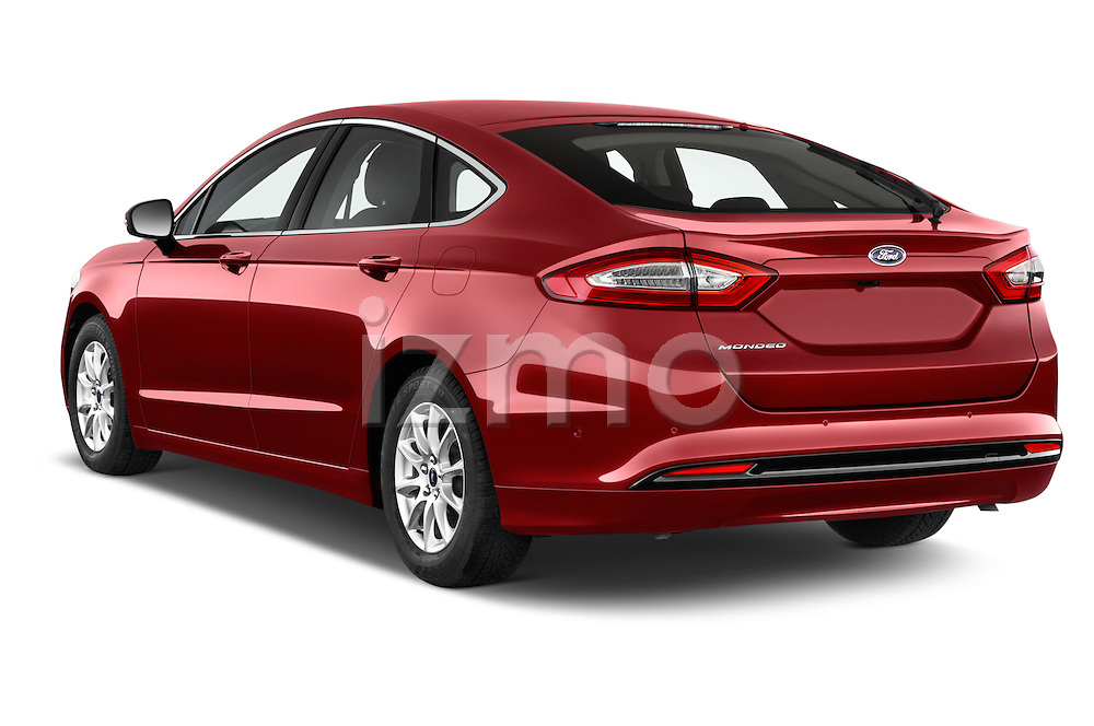 Car pictures of rear three quarter view of a 2015 Ford Mondeo Titanium 5 Door Hatchback Angular Rear
