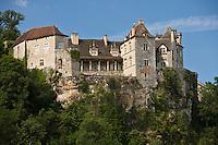 Europe/France/Midi-Pyrénées/46/Lot/Cénevières:la vallée du Lot et le Château de Cénevières- façade Nord de style renaissance