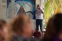 Lideranças do GTA, convidados e jornalistas conversam sobre os trabalhos para o IV Encontrão  para dar continuidade a implantação do protocolo comunitário no Arquipélago do Bailique  na foz do rio Amazonas, Amapá, Brasil.Foto Paulo Santos 13/06/2015