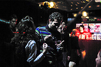 Milano, ragazzi ballano in un club --- Milan, youngsters dancing in a club