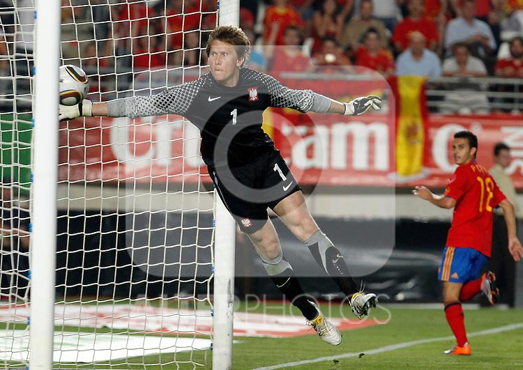 Spain's Pedro Rodriguez scores during Friendly match. June 8, 2010. (ALTERPHOTOS/Acero)