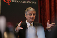 Montreal, CANADA February 24, 2015 -<br /> <br /> Claudio Fernandez-Araoz, Senior Adviser at Egon Zehnder  and<br /> Charles Guay, Executive Vice President, Institutional Markets - Manulife Canada and President & CEO , Manulife Quebec (not in photo)<br /> speak  at the Canadian Club of Montreal, February 23, 2015.<br /> <br /> Photo : Agence Quebec Presse - Pierre Roussel