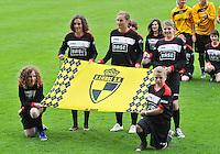 Bekerfinale 2012 : WD Lierse SK - Standard Femina :.de vlag van Lierse.foto David Catry / Joke Vuylsteke / Vrouwenteam.be