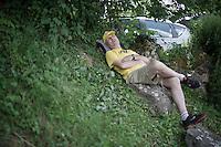 an ITT can be a looong day for some fans...<br /> <br /> Stage 18 (ITT) - Sallanches › Megève (17km)<br /> 103rd Tour de France 2016