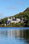 Ireland, County Galway, Connemara, near Letterfrack: Kylemore Abbey | Irland, County Galway, Connemara, bei Letterfrack: Kylemore Abbey