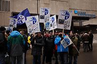 Manifestation des metallos devant l' Hotel Bonaventure ou se tiennent des negociations de l'ALENA, le 27 janvier 2018<br /> <br /> PHOTO :  Agence Quebec Presse