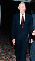 1998 File Photo - Gordon Thiessen, Bank of Canada<br /> <br /> PHOTO :  Agence Quebec Presse