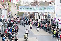Picture by Allan McKenzie/SWpix.com - 29/04/2016 - Cycling - 2016 Tour de Yorkshire, Stage 1: Beverley to Settle - Yorkshire, England - The peloton arrives in Knaresborough.
