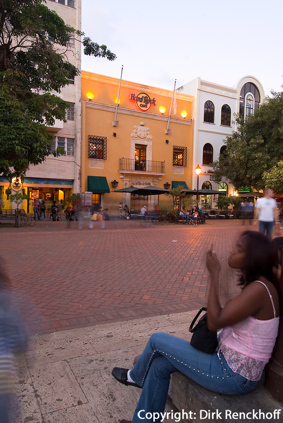 Dominikanische Republik, Hard Rock Cafe auf dem Parque de Colon in Santo Domingo