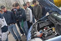 - Polytechnic university of Milan Bovisa, mechanical englneering department, hybrid traction, electric and gasoline FIAT Punto prototype....- Università Politecnico di Milano Bovisa, facoltà di ingegneria meccanica, prototipo di FIAT Punto a trazione ibrida, elettrica e a benzina