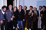 ANDY LUOTTO CON LUCIANO DE CRESCENZO CARLO VERDONE,  RENZO ARBORE, MASSIMO TROISI, GIORGIO BRACARDI, FRANCESCO NUTI  E SAVERIO VALLONE