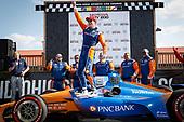 Winner Scott Dixon, Chip Ganassi Racing Honda celebrates, podium