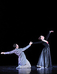 PROUST OU LES INTERMITTENCES DU COEUR (1974)....Choregraphie : PETIT Roland..Lumiere : DESIRE Jean Michel..Costumes : SPINATELLI Luisa..Decors : MICHEL Bernard..Avec :..GRINSZTAJN Eve..RENAUD Alexis..Lieu : Opera Garnier..Compagnie : Ballet National de l'Opera de Paris..Orchestre de l'Opera National de Paris..Ville : Paris..Le : 26 05 2009....© Laurent PAILLIER / photosdedanse.com..All rights reserved