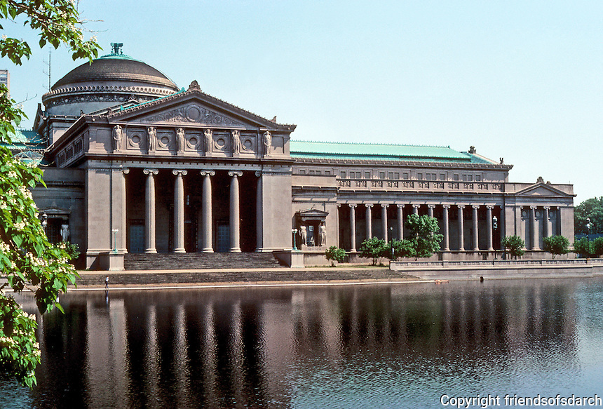 Chicago: Museum of Science & Industry, 1929-1940. Graham Anderson Probst & White. (Original design--Palace of Fine Arts, 1893, Charles B. Atwood of D. H. Burnham.) Photo '77.