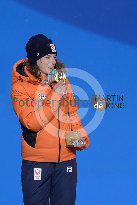 OLYMPIC GAMES: PYEONGCHANG: 13-02-2018, Medals Plaza, Victories Ceremony, Podium 1500m Ladies Long Track Speed Skating, Ireen Wüst (NED), ©photo Martin de Jong