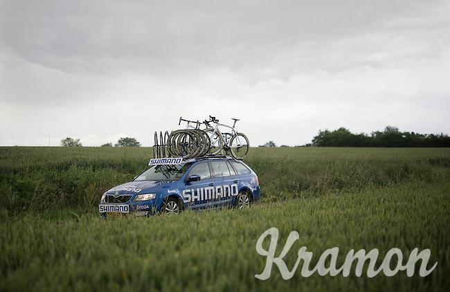 Shimano neutral support car<br /> <br /> Belgian National Road Cycling Championships 2016<br /> Les Lacs de l'Eau d'Heure