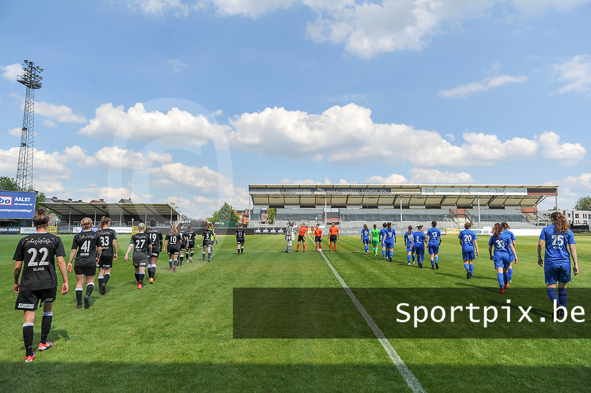 the players entering the field before a female soccer game between Eendracht Aalst and Racing Genk on the 10 th and last matchday of play off 2 of the 2020 - 2021 season of Belgian Scooore Womens Super League , Saturday 29 st of May 2021  in Aalst , Belgium . PHOTO SPORTPIX.BE | SPP | STIJN AUDOOREN